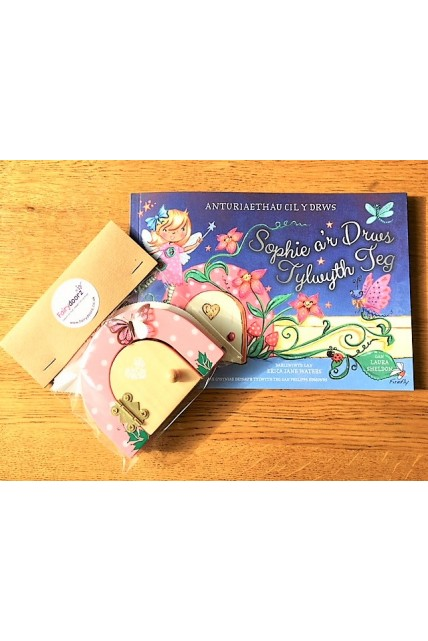 Book - Sophie Finds a Fairy Door story book WELSH VERSION